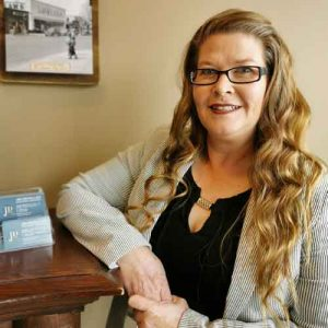 Tammy Courage, Law Clerk, Jim Dean Law